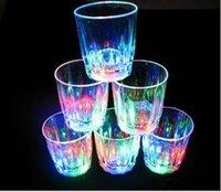 Wholesale Mini LED Flashing Plastic Beverage Wine Cup Bar Parties Club Decorative Mug tk002A