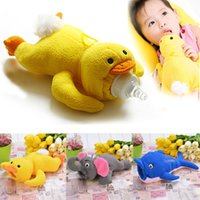 baby bottles - 2015 New Fashion Baby Animal Plush toys Bottle Feeder Cute Toddler bottle Out Warm Cover Types SV016604