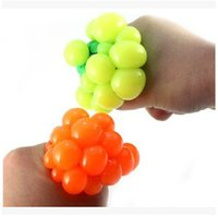 Wholesale 2015 Novelty Vent Grape Ball Toy Squeeze Change The Ball to Grape Water Polo Infectious Disease Stress Relieving Stress Toys CCA1884