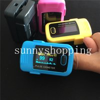 Wholesale Whalesale Promotion FDA CE Colors OLED Fingertip Pulse Oximeter Spo2 Monitor Home Care