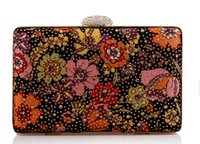 purse clasp - flower crystal Clutches flower Rhinestone Closure Clasp Fashion evening bags floral Party Clutch with metal Strap clutch bags clutch purse
