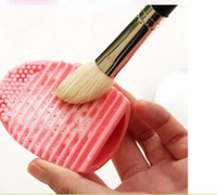 Wholesale Free DHL Brushegg Pro Egg Cleaning Glove Cleaning Makeup Washing Brush Silica Glove Scrubber Board Cosmetic Clean Tools Brush Cleaner