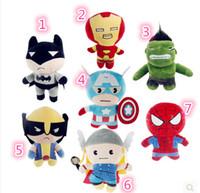 La nueva felpa de los héroes estupendos de Avengers2 de los 100pcs juega el regalo de cumpleaños de los niños de la muñeca de la felpa de Hulk del hombre del hierro del capitán América del hombre araña de los 23cm Thor Wolverine Captain America