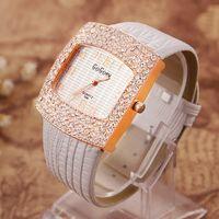 beauty watches - Leather Crystal Diamond Rhinestone Watches Women Beauty Dress Quartz Wristwatch Hours women s watch for Fashion Ladies