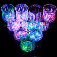 Wholesale lighting cup water sensor novelty party dating bar wedding nightclub christmas gift led flashing shot Pineapple cup luminous cup