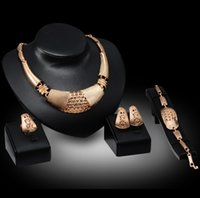 apparel fashion jewelry - High end luxury jewelry sets necklace earrings rings bracelets European and American ladies fashion apparel high quality jewelry accessories