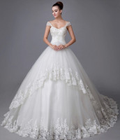 Wholesale Ball Gown Wedding Dresses Applique Crystal Beads Lace Sleeveless Sweetheart Neckline With Straps Court Train Organza Wedding Gowns