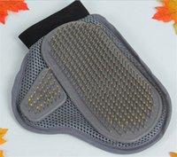Wholesale 2016 Pet massage gloves Pet rubbing gloves Pet cleaning supplies