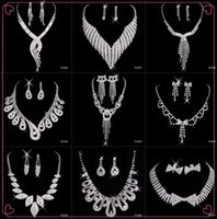 Wholesale Hot Sale Black Friday Necklace Earrings Rhinestone Crystal Bridal Accessories Bridesmaid Lady Women s Prom Party Wedding Jewelry Sets