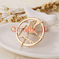 Wholesale 1000PCS HHA334 The Hunger Games Brooches Inspired Mockingjay And Arrow Hot Movie Hunger Games Bird Brooch Pins For Women And Men