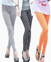 Wholesale Women Ninth Pants Spring Woman Black White Vertical Stripe Pencil Pants Fashion Big Girls Leggings Casual Skinny Trousers L2321