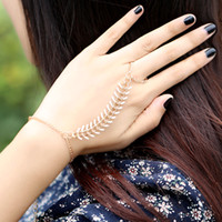 chain bracelet - Fashion Rib Bangle Bracelet Lover Slave Chain Link Finger Bangles Ring Hand Harness Best Gift For Girlfriend Gold J0045