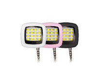 Wholesale New Mobile phone LED FLASH light Mini Selfie Sync Flashlight for iPhone s Galaxy S5 Note4 Multiple Photography led lights