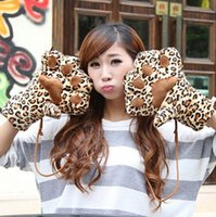 Wholesale New Winter Gloves fashion funny plus velvet thick warm gloves Bear s paw personality design Tiger leopard printed mittens