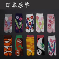 Wholesale Original single cotton tabi Japanese wind sandals finger socks female models male models have can be mixed shipments