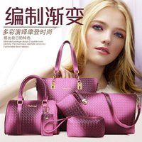 Wholesale Jiao slaves weave pattern flower color handbags new European and American time picture package Liu Jiantao factory outlets