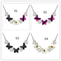 pendant flower rhinestone - 2015 Lady Rhinestones Necklaces Woman Flower Butterfly Sparkling Flower Beads Pendant Necklace Women Gifts Bead Pendants Necklaces D3943