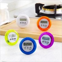 Wholesale 600pcs CCA3037 Novelty Digital Kitchen Tools Count Down Up LCD Timer Alarm Clock Time Setting Device Round Magnetic Digital Kitchen Timer