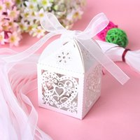 Wholesale Love Heart Laser Cut Candy Gift Boxes With Ribbon Wedding Party Favor Creative Favor Bags