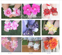 Wholesale 1PAIR Send Random baby flower shoes infant baby foot flowers toddlers feet accessories Lovely flowers XS