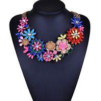 big necklace trend - 2016 Charm Lady Trend Fashion Luxury Necklaces Pendants Resin Flower Bib Big Chunky Choker Necklace Statement x071