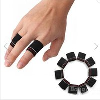 Wholesale Hot selling pack New Fashion Finger Protector Guard Support Stretchy Designe Sports Aid Band Black