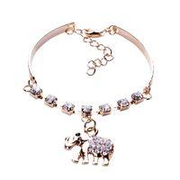 achat en gros de partie éléphant bracelet-Diamonds Ladies Bracelet Imité Mignon Bangle femmes alliage Wristband Pendentif éléphant pour Bijoux Mariage nuptiale B0254 * 1