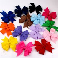 Wholesale Fashion Grosgrain Ribbon Baby Girl Hair Clips Grosgrain Ribbon Baby Children Hair Accessories Hairbows Girl Hair Bows Hair Pins WITH CLIP