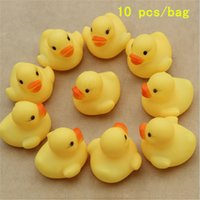 Wholesale 100pcs mini Rubber duck bath duck Pvc duck with sound Floating Duck Fast delivery Swiming Beach