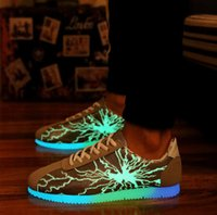 Cheap Luminescent Shoes New Fall Fluorescence Lovers Shoes Outdoor Dazzle Cool Sports Board Shoes Sell Like Hot Cakes