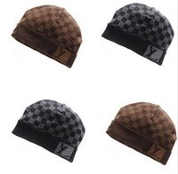 designer hat and scarf - Hot Luxury brand Designer Beanies for women and men Fashion winter Plaid hats for adult