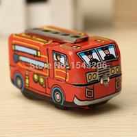 Wholesale Hot Sale Vintage Classic Firefighter Fire Engine Truck Clockwork Wind Up Tin Toys Perfect For Children order lt no tracking