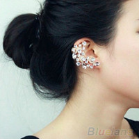 Wholesale New Fashion Crescent Shape Rhinestone Right Ear Cuff Clip Golden Earring Stud U1