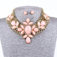 Wholesale Lureme EuropeStyle Fashion Wide Chain Flowers Resin Alloy Necklace Earrings Suit