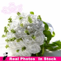 Wholesale White Purple Red Leaf and Rose Bridal Bouquet Flowers Artificial Wedding Supplies Favors Bridesmaid Flowers Crystal Pearls Ribbon Adornment
