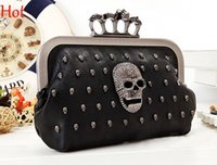 Wholesale Top Hot Punk Vintage Skull Purse Black Knuckle Ring Handbag Women Skull Rivets Clutch Evening Bag With Shoulder Chain Bolsas Femininas