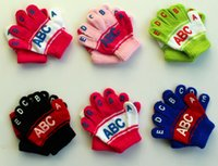Wholesale NEW Fashion Winter Warm Mittens Child ABCDE PRINT Kepp Warm Gloves Boys Girls Kids Gloves G04