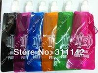 Wholesale custom logo folding water Sports bottle mountain climbing travelling drink Carabiner holder hanger ml plastic bottle