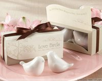 Wholesale High Quality Pairs Wedding Favors and Souvenirs for Guests Love Birds Ceramic Salt Pepper Shakers New ady01