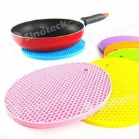 Wholesale Table Mats Durable Silicone Round Non slip Heat Resistant Mat Coaster Cushion Placemat Pot Holder Colors Silicone Mat Kitchen Accessories