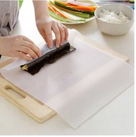 Wholesale Hot Sale New Food grade silicone odorless sushi maker sushi mat washable reusable sushi rolls home DIY sushi chicken roller