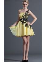 al por mayor marco amarillo de un hombro-Los vestidos de partido baratos del amarillo uno del hombro visten los vestidos de coctel de los corazones del rhinestone del applique que igualan los vestidos cortos del baile de fin de curso de los vestidos del baile de fin de curso mini faldas