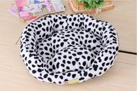 Wholesale Red Purple Green Blue and so on Promotion Large dog bed Pet Products Cotton Pet Dog Bed for Cats Dogs Bed House