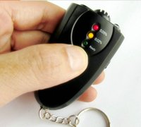 Wholesale Prefessional Accurate Breath Alcohol Tester Breathalyzer Red Flashlight Led Display Keychain Alcohol Breath Analyzer Detector