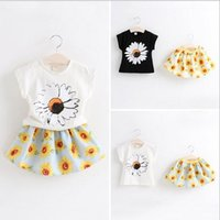 printing set - 2015 New Summer Collection Korean Style Children Floral Printed Round Neck Short Sleeve T Shirts Sunflower Printed Skirts Two Piece Sets