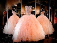 al por mayor vestidos de quinceañera baile-2016 Rhinestone cristales se ruborizan rosa Quinceanera vestidos Sheer joya dulce 16 Pageant vestido de volantes falda princesa Prom Ball Gowns