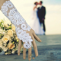 Wholesale 2015 Vinatge diamond Crystal white bridal Jewelry Long lace Bracelet with ring hot women Bracelets for party evening Wedding dress gown