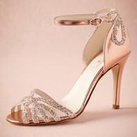 achat en gros de chaussures de mariage de paillettes d'or-Rose Gold Glittered Heel Chaussures De Mariage Réelle Pompes Sandales Or Boucle De Cuir Fermeture Glitter Partie Danse Haute Wrapped Talons Femmes Sandales