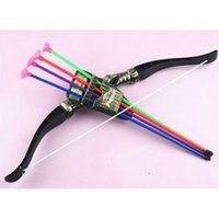 Wholesale Plastic Archery Set Junior Bow And Sucker Arrows Fun Game Toy For Children