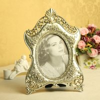 Wholesale Spot inch factory direct audience family relief decorative frame resin photo frame FZ591